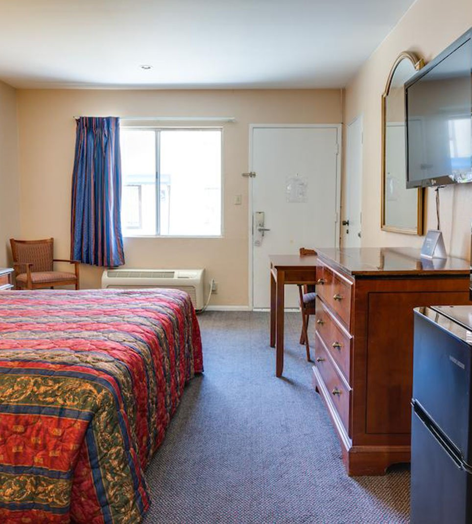 Motel Moonlight - LOWEST RATES ONLINE at our Anaheim Hotel